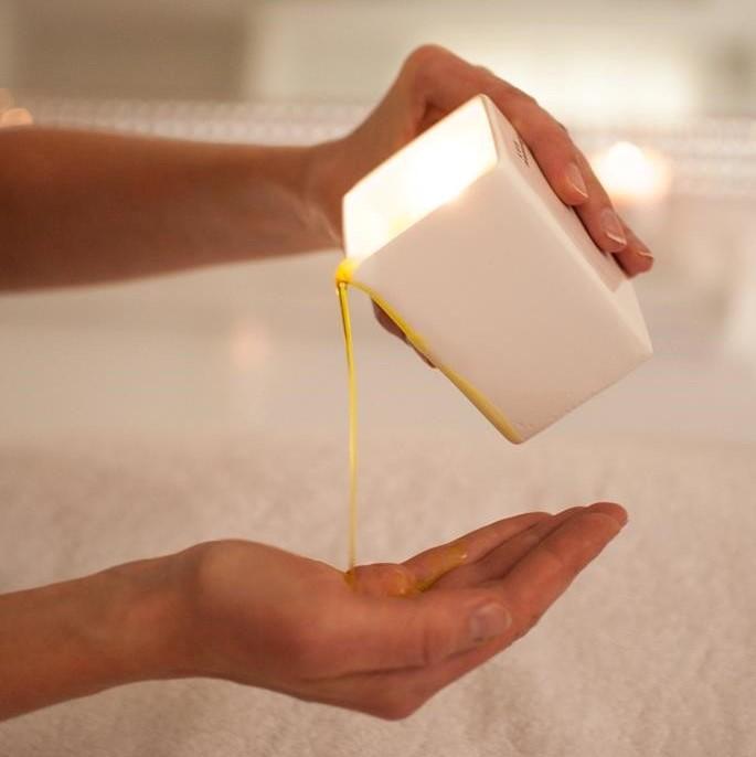 huile de massage-carré